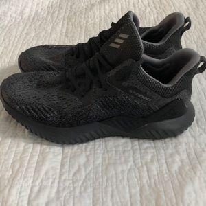 Adidas alphabounce size 10.5